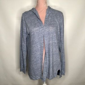 Tahari 100 % linen blue top cardigan.